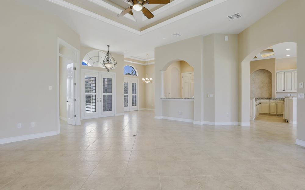 460 Maunder Ct, Marco Island - Home For Sale 126277372