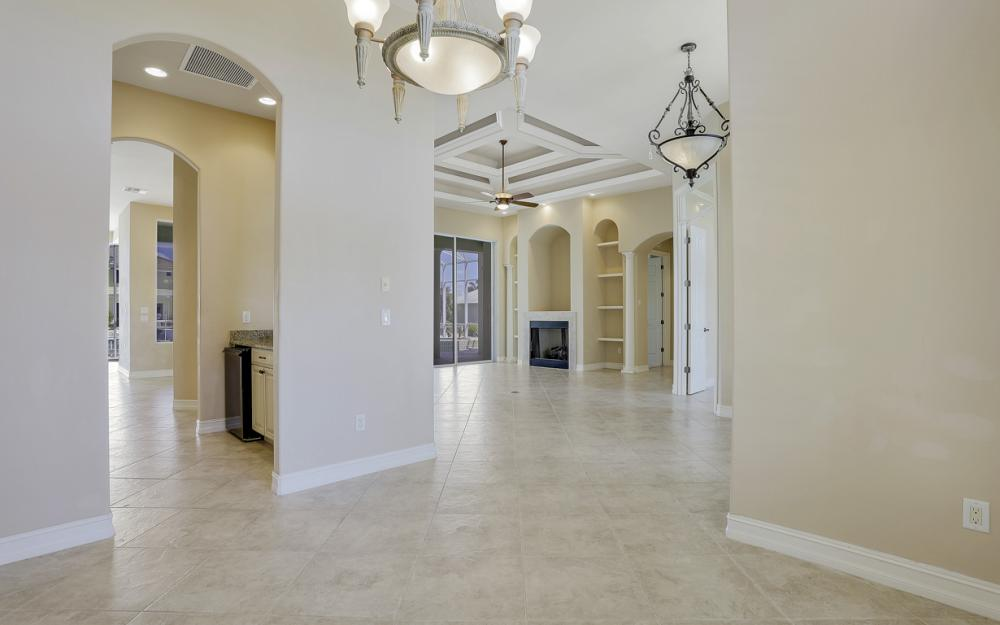 460 Maunder Ct, Marco Island - Home For Sale 1315622271