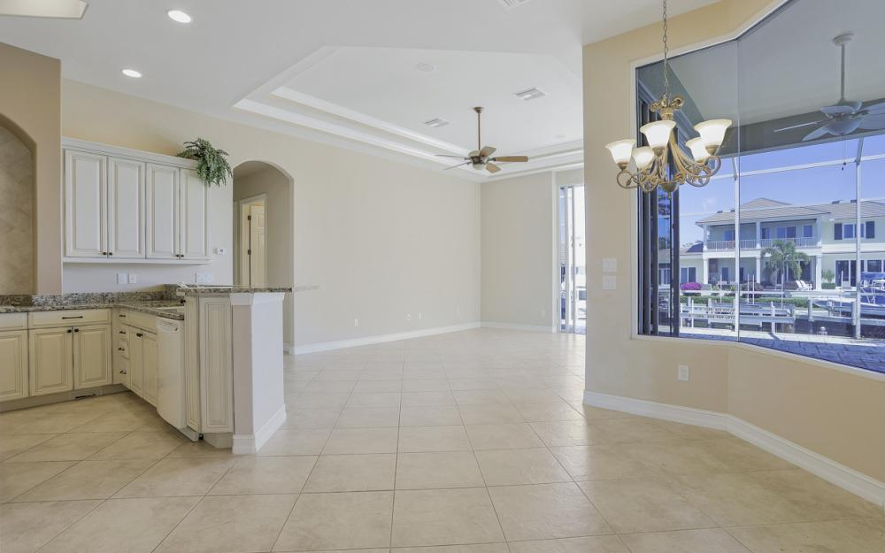 460 Maunder Ct, Marco Island - Home For Sale 462840338