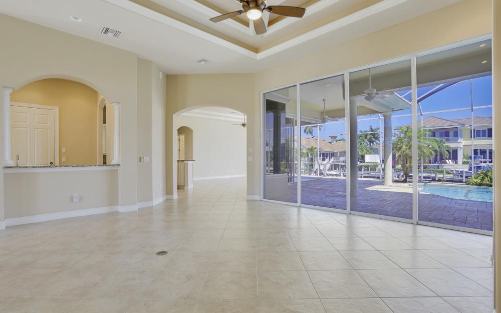 460 Maunder Ct, Marco Island - Home For Sale 741793124