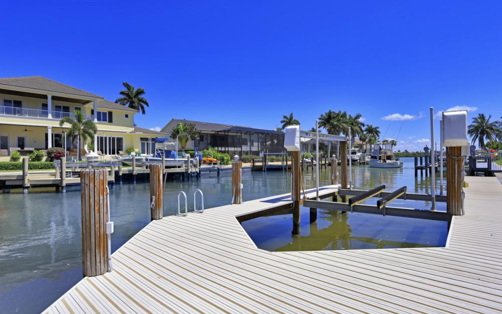460 Maunder Ct, Marco Island - Home For Sale 531945740