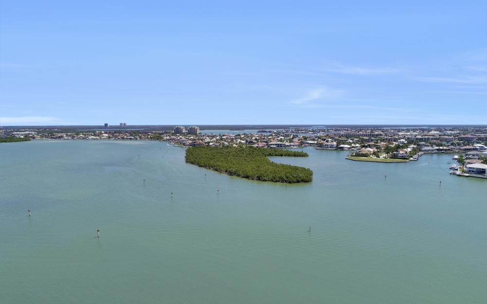460 Maunder Ct, Marco Island - Home For Sale 1346156891