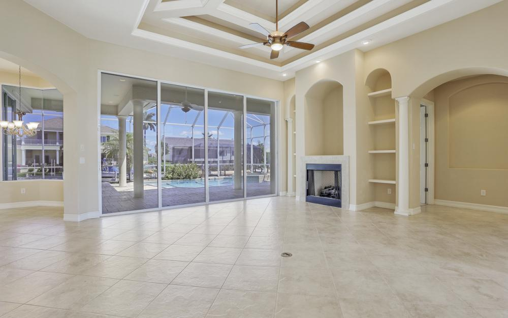 460 Maunder Ct, Marco Island - Home For Sale 1318127013