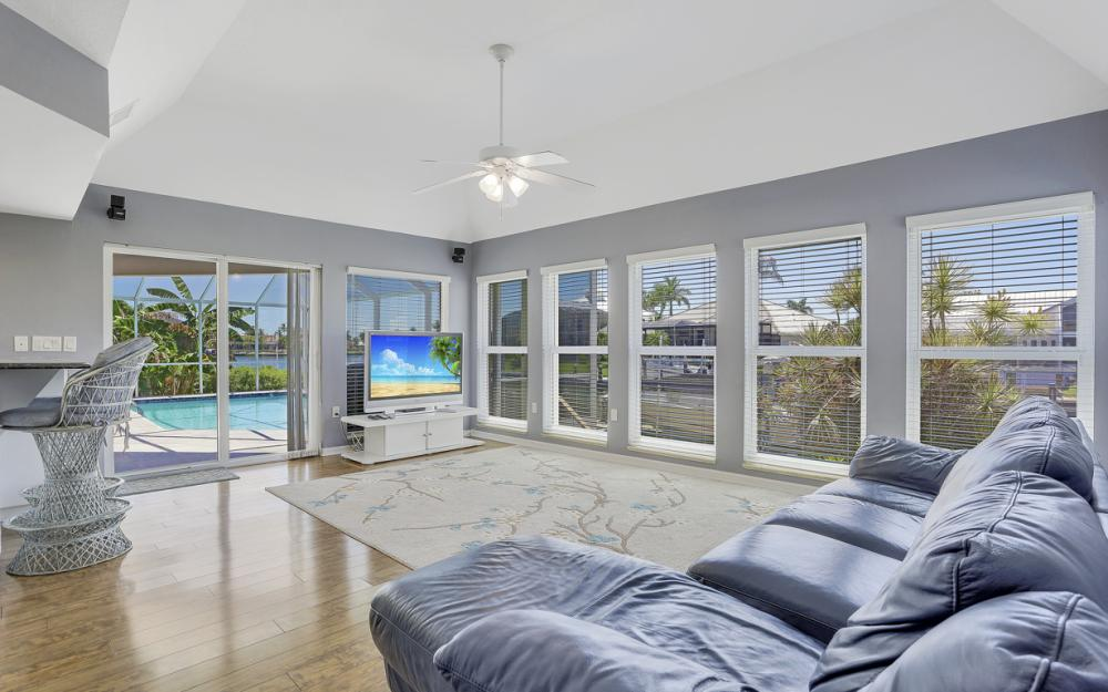482 N Barfield Dr Marco Island - Home For Sale 269649845