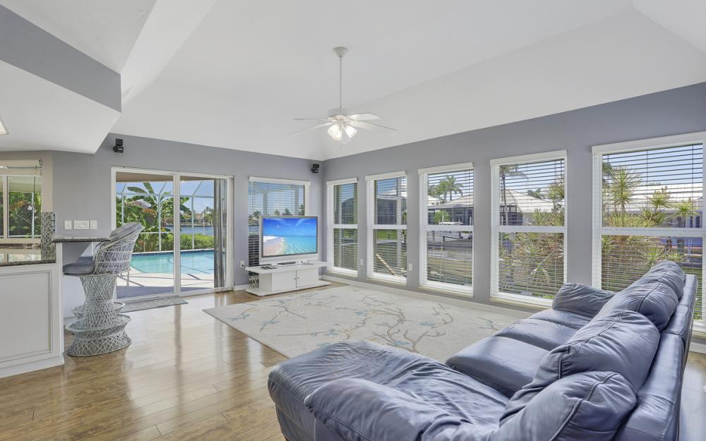 482 N Barfield Dr Marco Island - Home For Sale 233786221