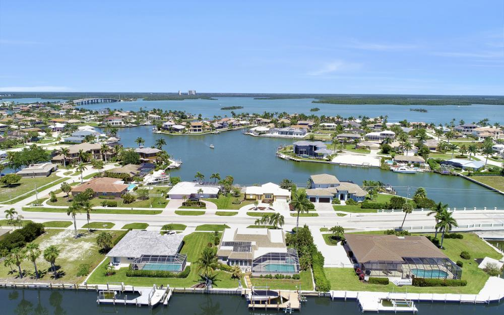 482 N Barfield Dr Marco Island - Home For Sale 1245641062