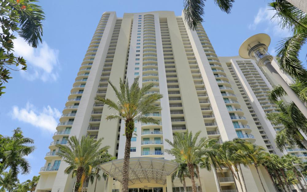 3000 Oasis Grand Blvd #1802, Fort Myers - Vacation Rental 1289735595