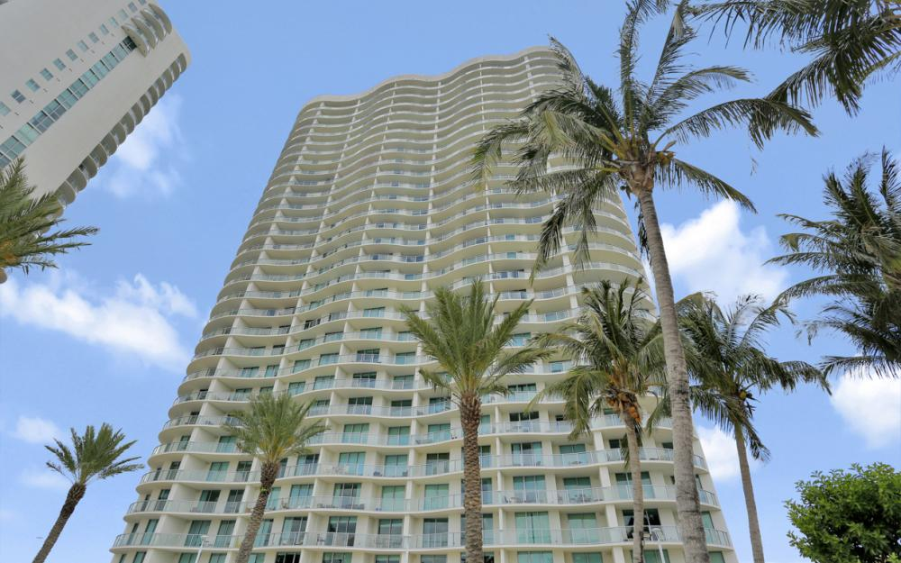 3000 Oasis Grand Blvd #1802, Fort Myers - Vacation Rental 1305985727