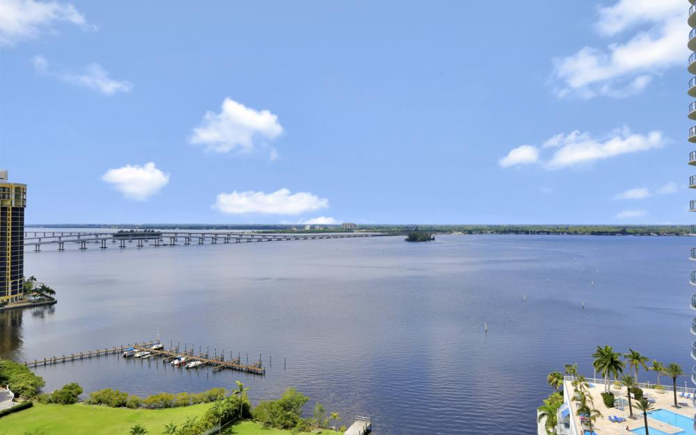 3000 Oasis Grand Blvd #1802, Fort Myers - Vacation Rental 2111275224