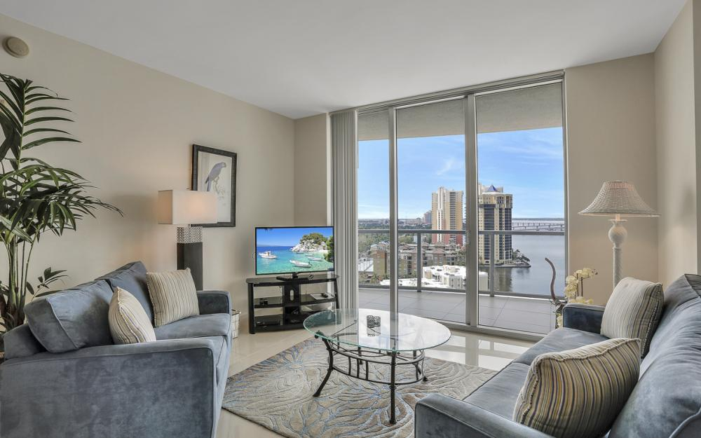 3000 Oasis Grand Blvd #1802, Fort Myers - Vacation Rental 1100012953
