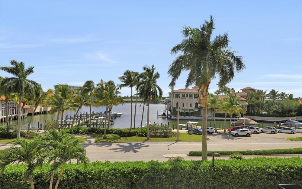 4031 Gulf Shore Blvd N #3E, Naples - Condo For Sale 1189805314