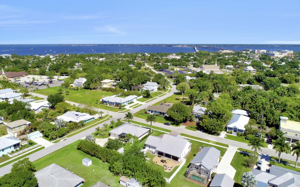 365 W McKenzie St, Punta Gorda - Home For Sale 397046422