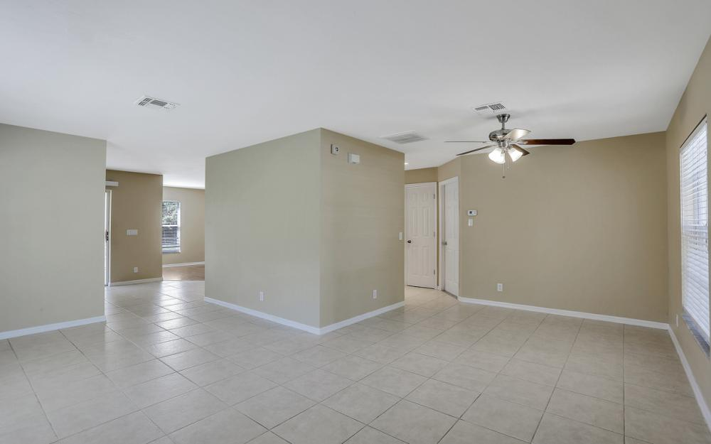 17370 Stepping Stone Dr, Fort Myers - Home For Sale 696958854