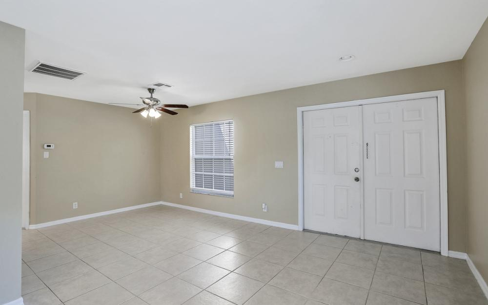 17370 Stepping Stone Dr, Fort Myers - Home For Sale 613754576