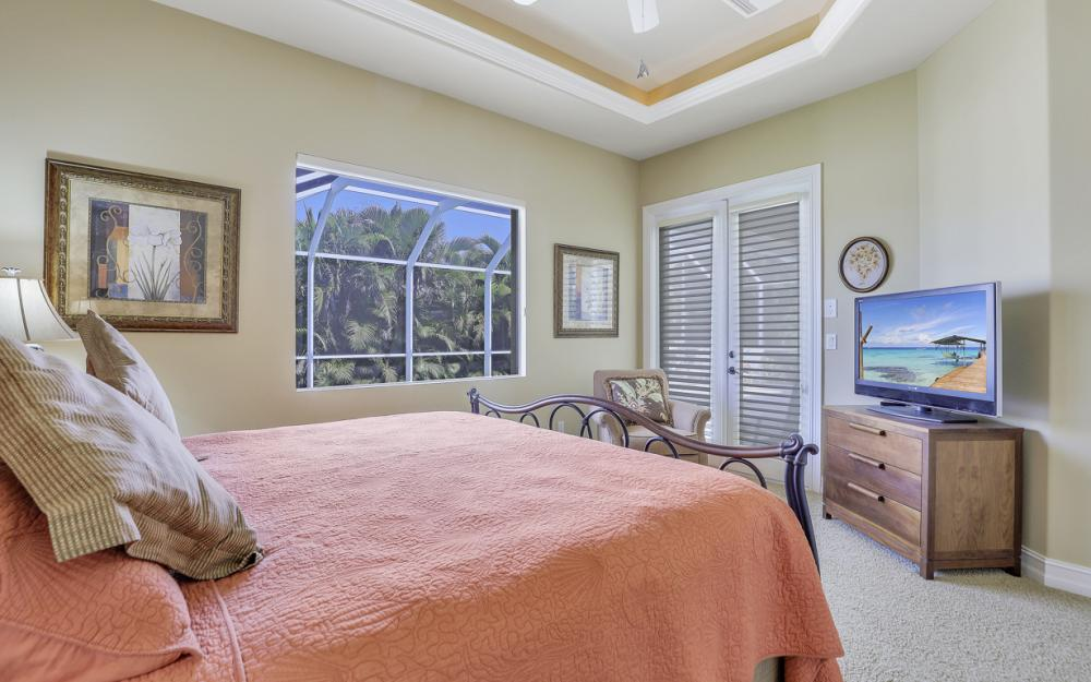 1286 Bayport Ave, Marco Island - Home For Sale 2063239445