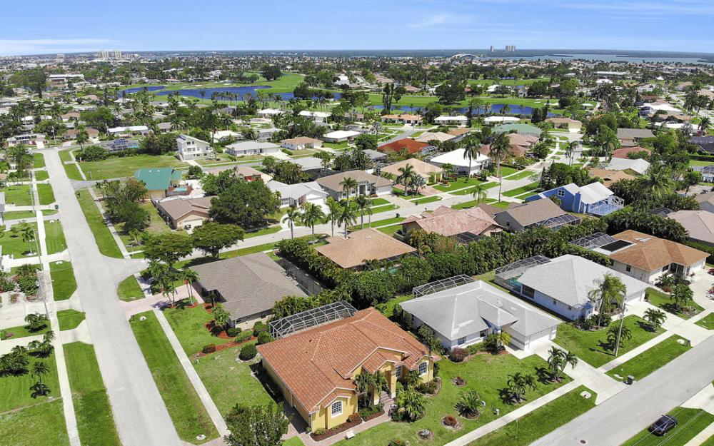 1286 Bayport Ave, Marco Island - Home For Sale 1918468388