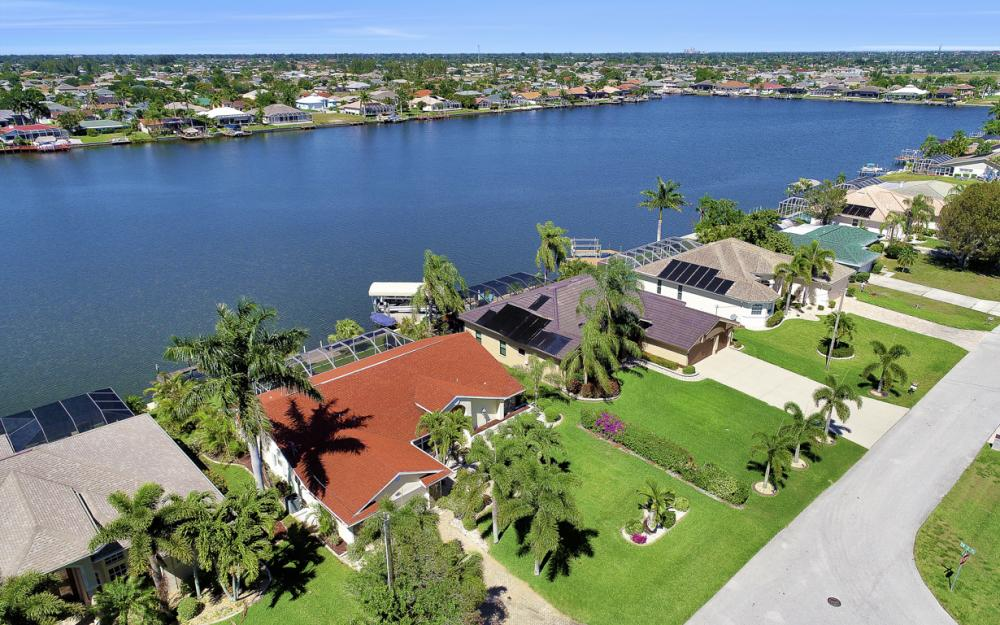 1201 SW 44th St, Cape Coral - Home For Sale 1442496056