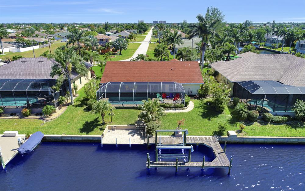 1201 SW 44th St, Cape Coral - Home For Sale 713539663