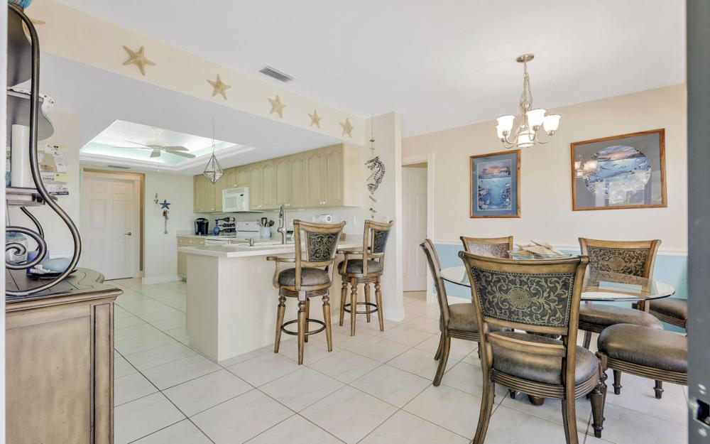 1201 SW 44th St, Cape Coral - Home For Sale 1044110944