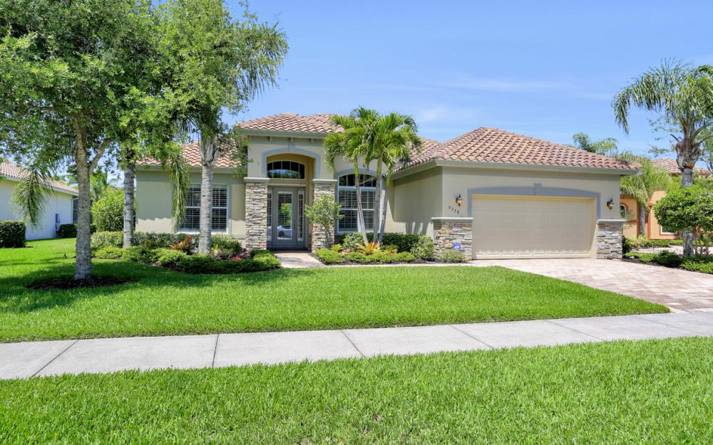 9758 Nickel Ridge Cir. Naples - Home For Sale 131033044