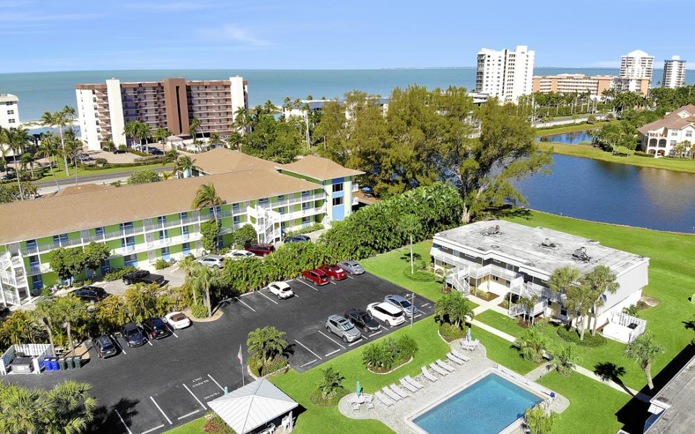 7760 Buccaneer Dr #B1, Fort Myers Beach - Condo For Sale 516123752