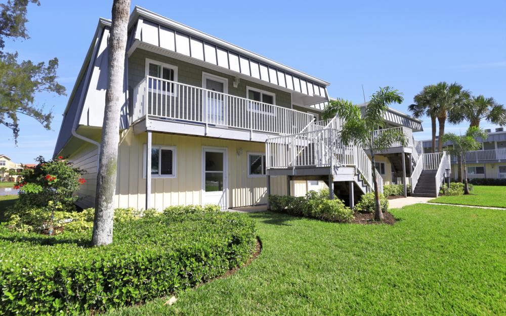 7760 Buccaneer Dr #B1, Fort Myers Beach - Condo For Sale 440088047