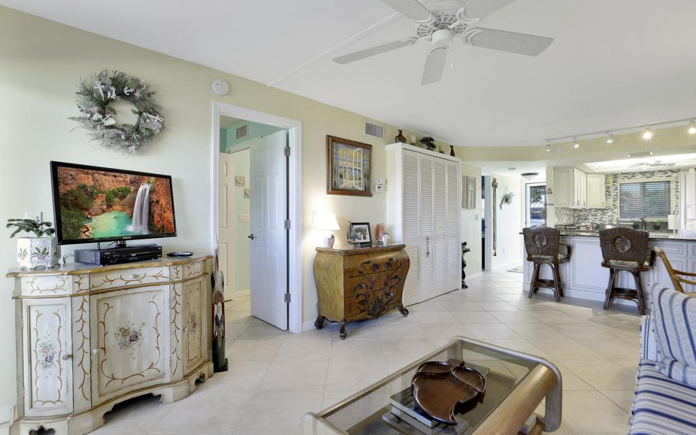 7760 Buccaneer Dr #B1, Fort Myers Beach - Condo For Sale 1926821695
