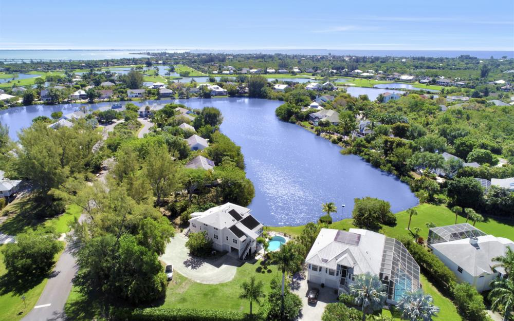 1401 Sandpiper Cir, Sanibel - Home For Sale 814815356