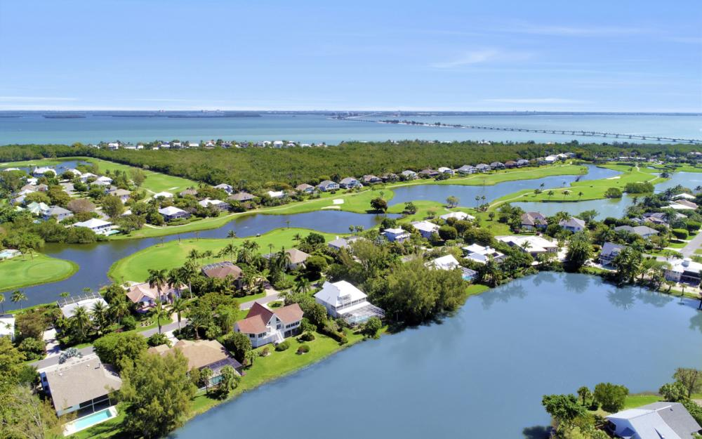 1401 Sandpiper Cir, Sanibel - Home For Sale 713295083