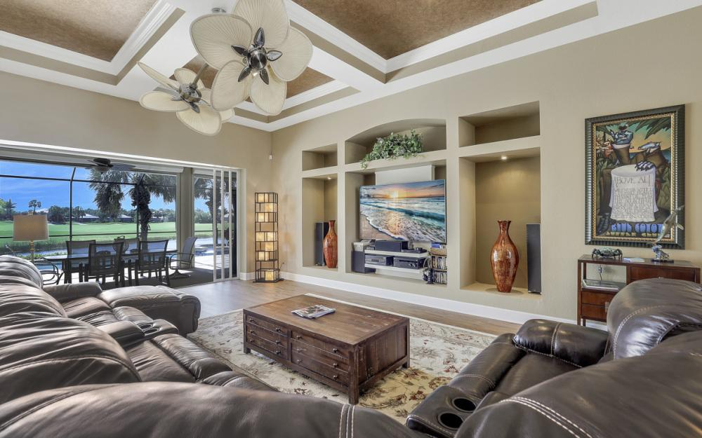 16696 Crownsbury Way Fort Myers - Home For Sale 2031245909