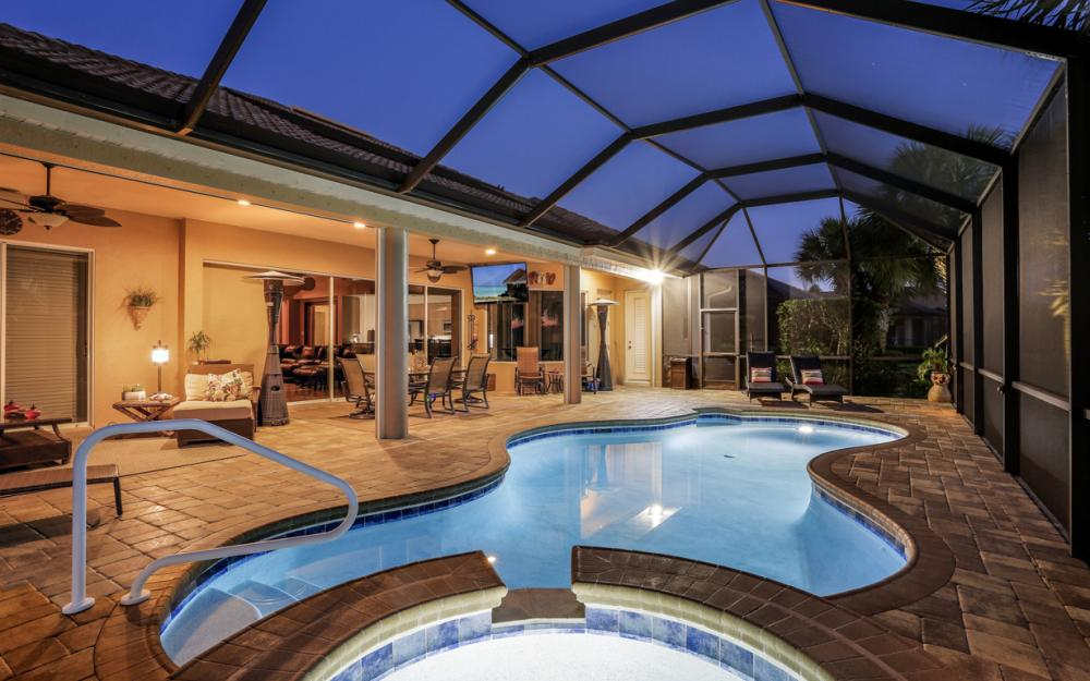 16696 Crownsbury Way Fort Myers - Home For Sale 2012142489