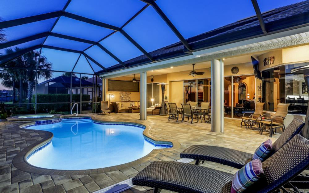 16696 Crownsbury Way Fort Myers - Home For Sale 2037280401