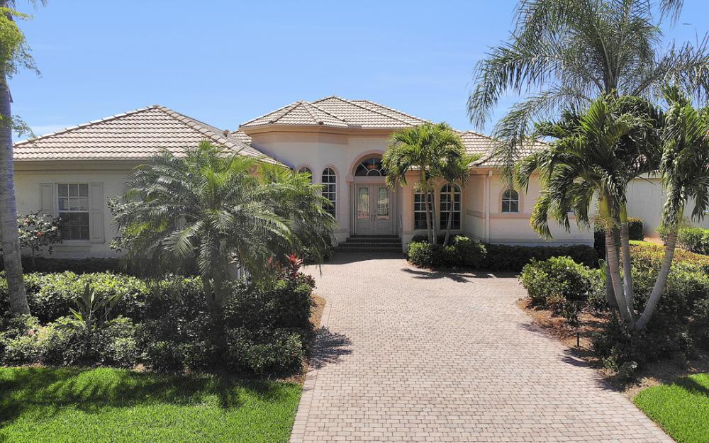 16696 Crownsbury Way Fort Myers - Home For Sale 1018269530