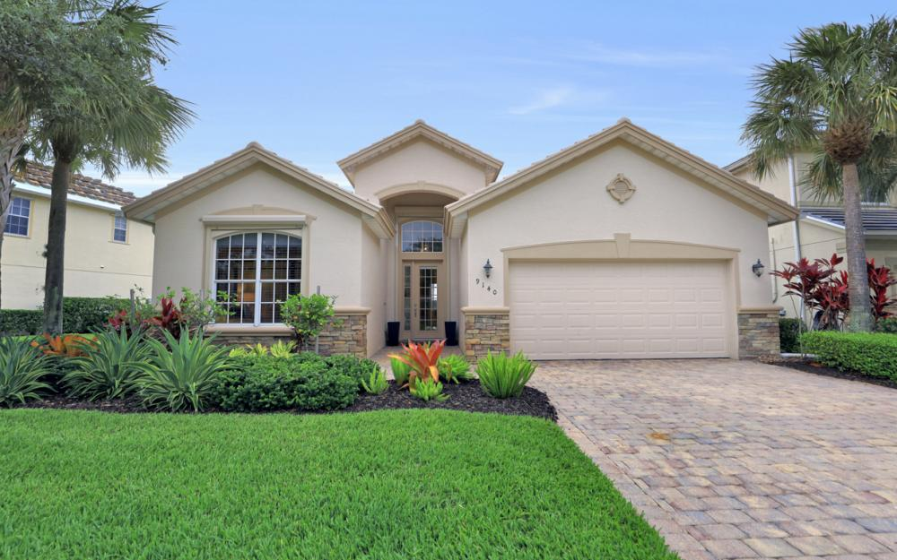 9140 Quartz Ln, Naples - Home For Sale 825412974