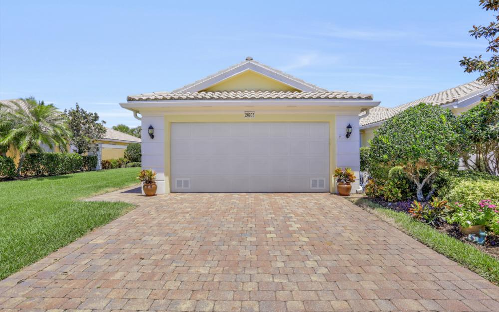 28203 Islet Trail, Bonita Springs - Home For Sale 686304769