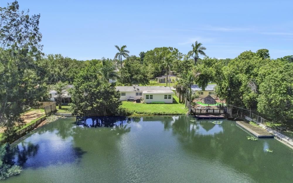 1825 Paul St, Fort Myers - Home For Sale 442199926
