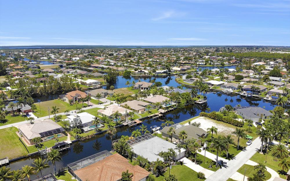 4118 SW 21st Pl, Cape Coral - Home For Sale 122526804