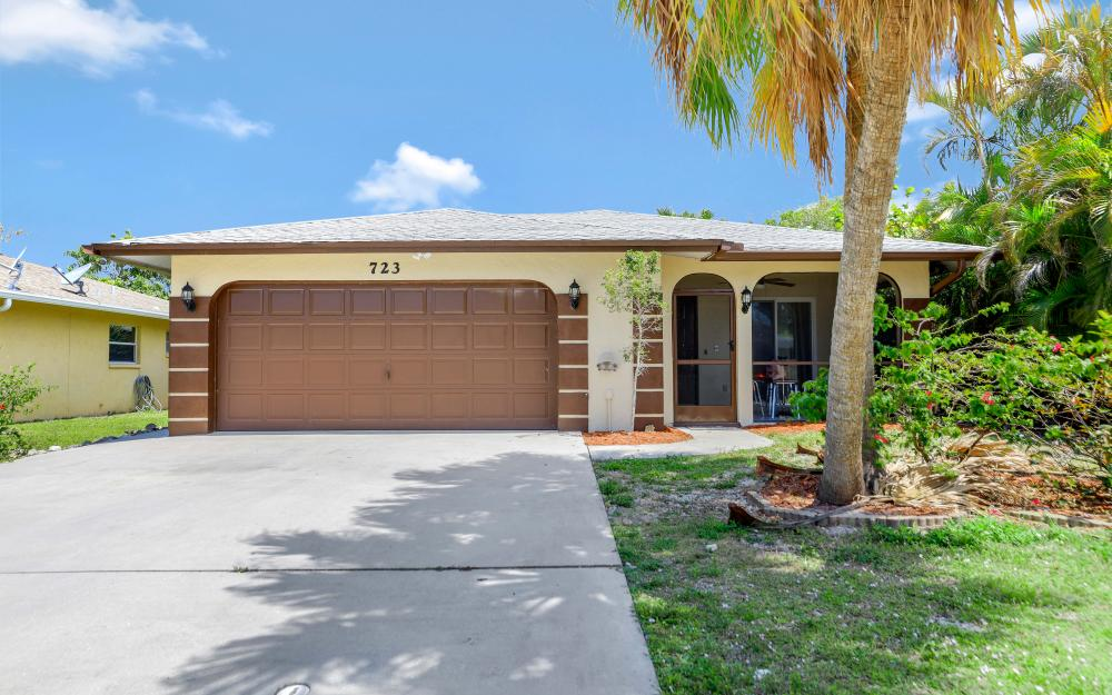 723 102nd Ave N, Naples - Vacation Rental 1116859231