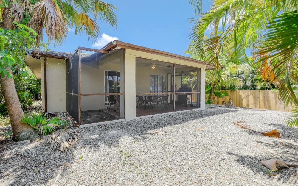 723 102nd Ave N, Naples - Vacation Rental 158876265