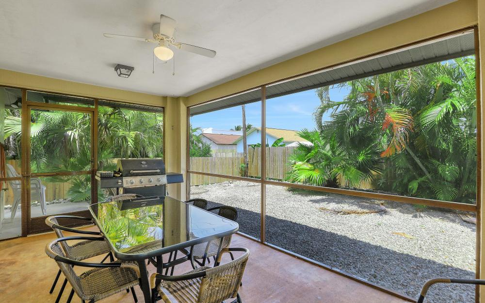 723 102nd Ave N, Naples - Vacation Rental 424131934