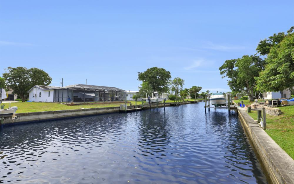 4430 N Atlantic Cir, North Fort Myers - Home For Sale 2070974272
