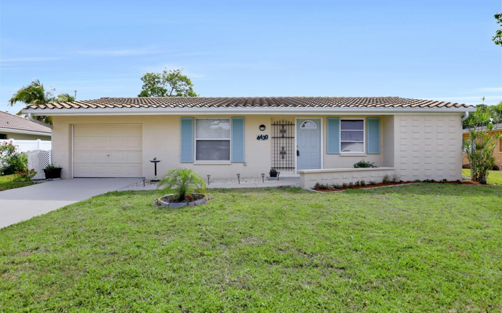 4430 N Atlantic Cir, North Fort Myers - Home For Sale 166306819