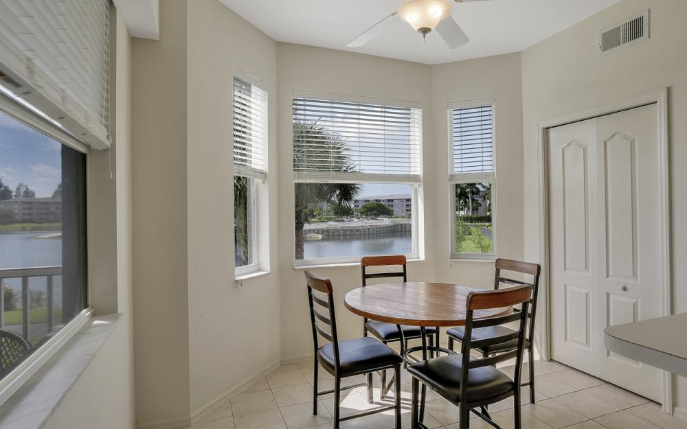 16675 Lake Cir Dr#923, Fort Myers - Condo For Sale 1951017924