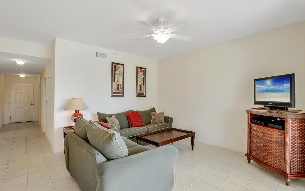 16675 Lake Cir Dr#923, Fort Myers - Condo For Sale 755687318