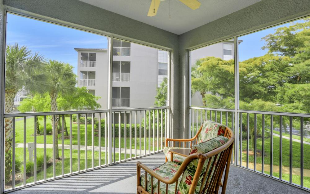 16675 Lake Cir Dr#928, Fort Myers - Condo For Sale 2085978437