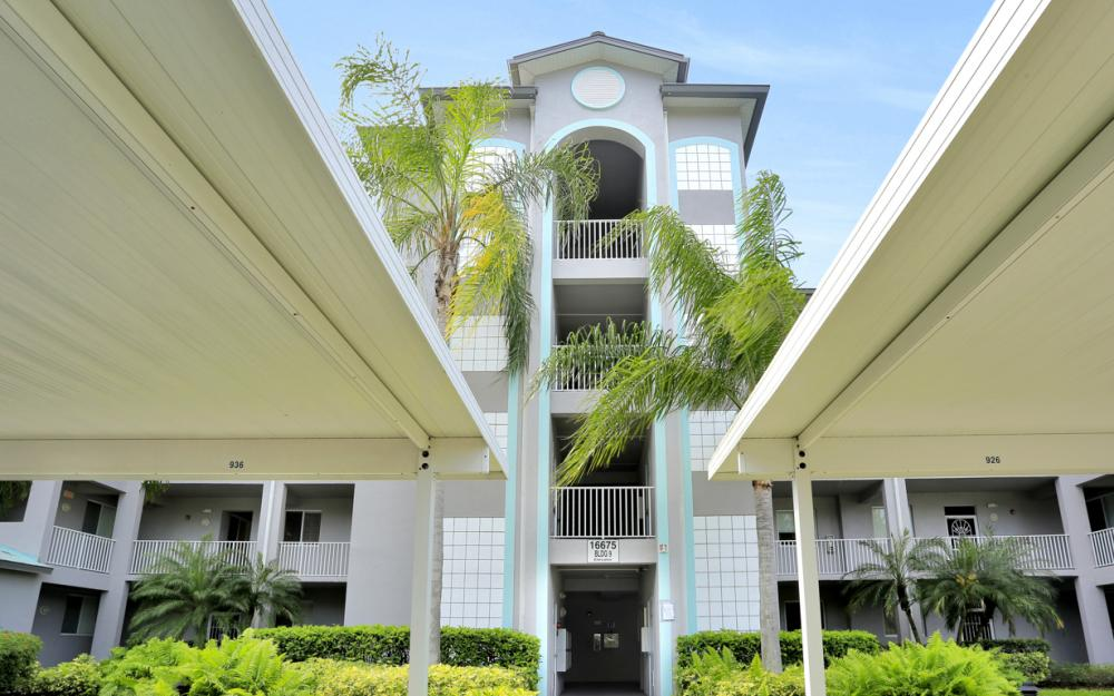 16675 Lake Cir Dr#928, Fort Myers - Condo For Sale 1095491060
