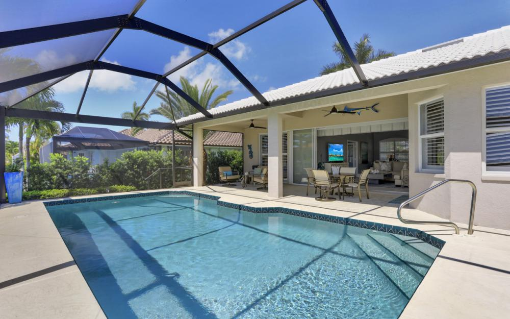 67 Madagascar Ct, Marco Island - Home For Sale 324050075