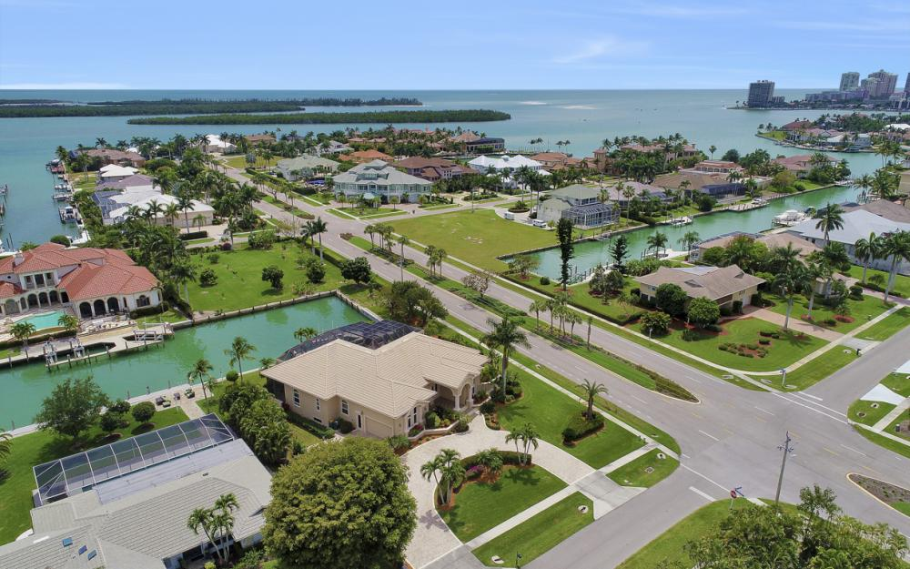 1621 Caxambas Ct, Marco Island - Home For Sale 377718029