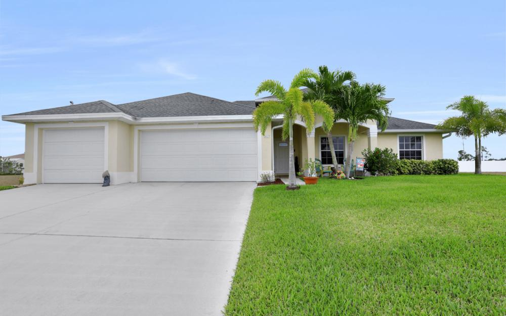 2813 NW 20th Pl, Cape Coral - Home For Sale 300075651