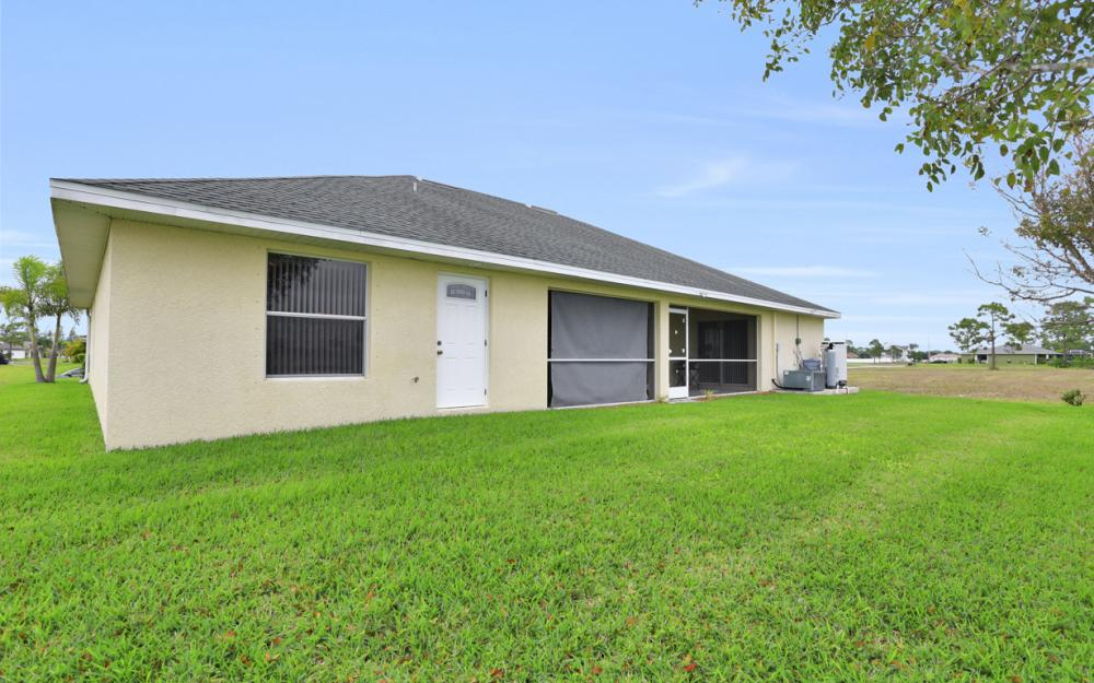 2813 NW 20th Pl, Cape Coral - Home For Sale 1649887335